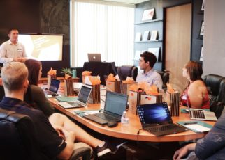 10 steps to create effective meeting schedules